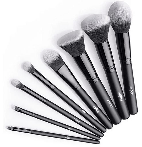 Brushes that you should know for an expert makeup