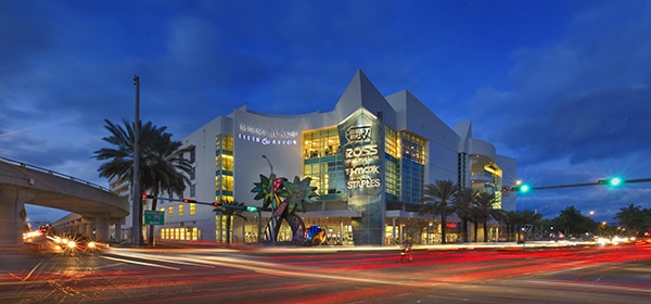 These amazing outlets in Miami are waiting for you